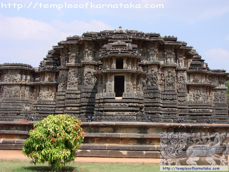 Halebeedu - Hoysaleshwara Temple - West view