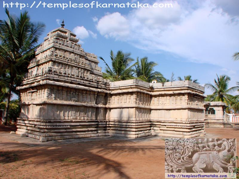 Hedthale -  Sri.Lakshmikantha   Temple - South West View